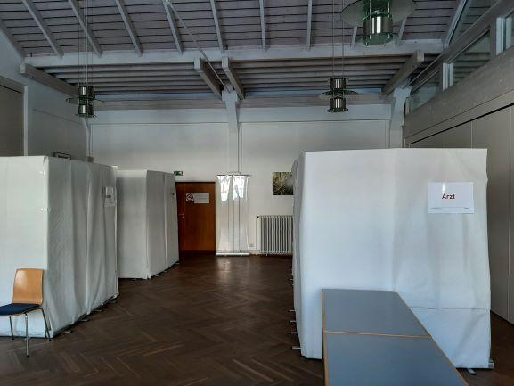 Bild 2 - Blick ins Impfzentrum