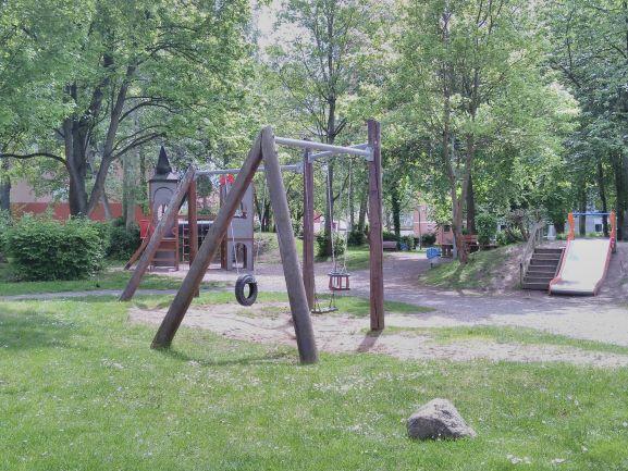 Spielplatz Giebelstieg_Lönsstraße_Klein